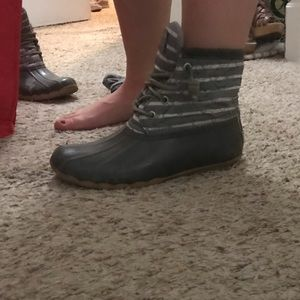 Gray sperry duck boot